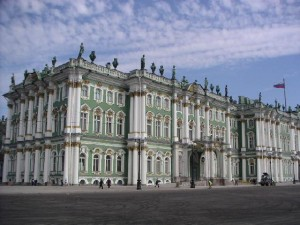 979571-The_Hermitage_Winter_Palace-Saint_Petersburg