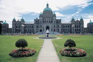 Canada_Victoria_BC_Parliament_building_and_garden_70ab71f1ffd04432bfada7af237d55e6